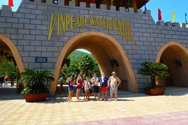 Вход в парк развлечений Винперл в Начанге