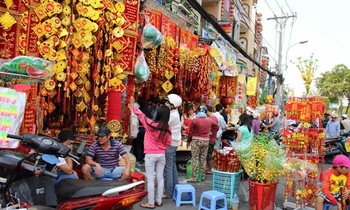 разные украшения из Вьетнама
