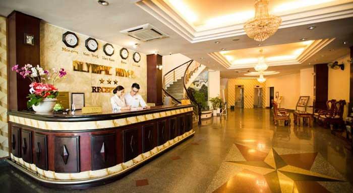 Ресепшион в отеле Олимпик в Нячанге