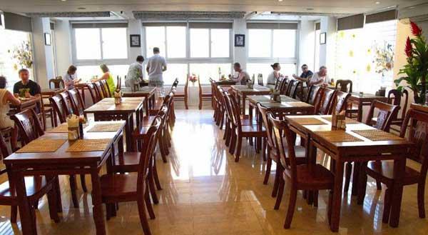 Ресторан в Golden Beach 3 Вьетнам Нячанг фото