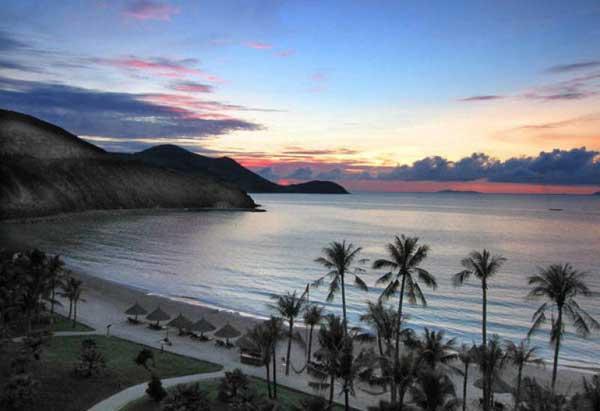 Какое море или океан омывает Нячанг