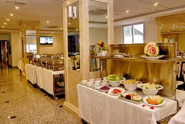 Ресторан в Галиот отель в Нячанге
