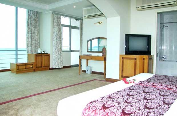 Номер suite в отеле Nha Trang Lodge 4 во Вьетнам