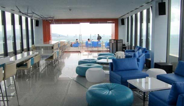 Altitude bar в Нячанге фото