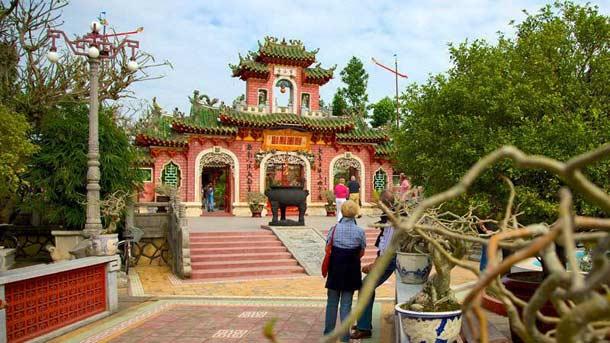 Храм Куан Конг в Хойане