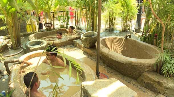 Грязевые ванны в горячих источниках Ай Резорт