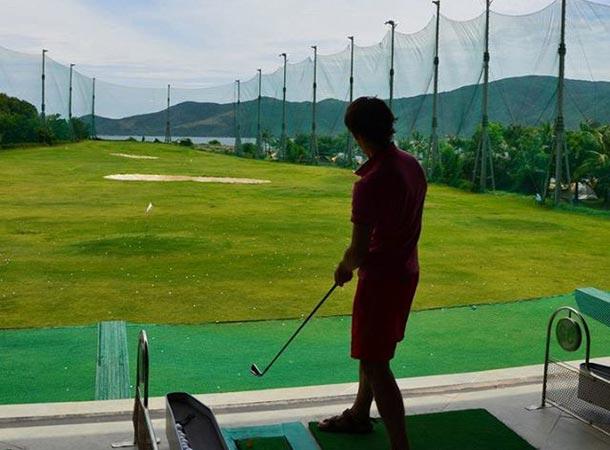 Гольф на острове Хон Там