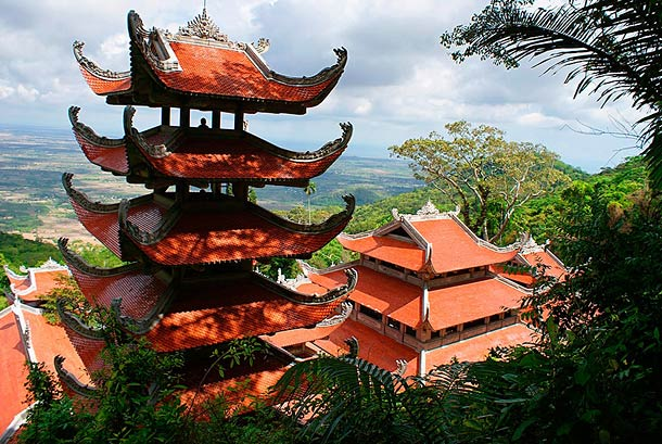 Гора Таку во Вьетнаме