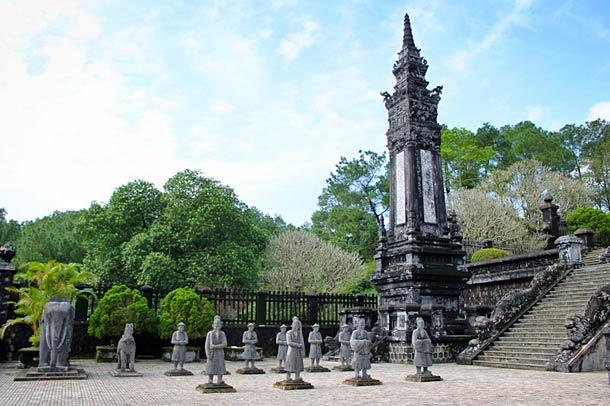 Гробница царей в Хюэ (Вьетнам)
