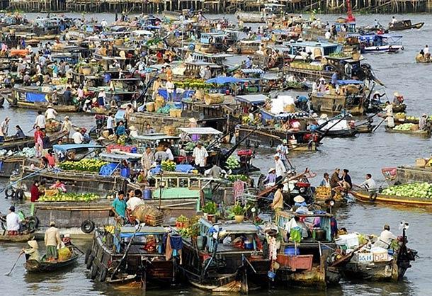 Плавучие рынки в городе Кантхо