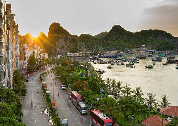 Порт Хайфон во Вьетнаме