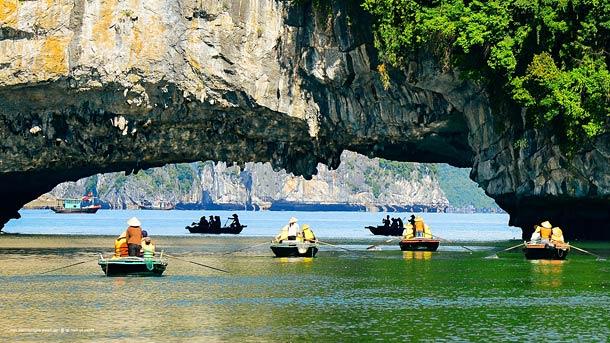 Экскурсии в бухту Халонг (Вьетнам)
