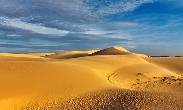 Красные дюны в Фантьете (Вьетнам)