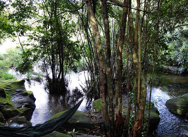 Водопады на острове Фукуокf