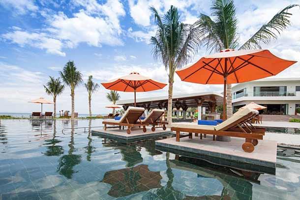 Бассейн в отеле Камрань Ривьера (Вьетнам)