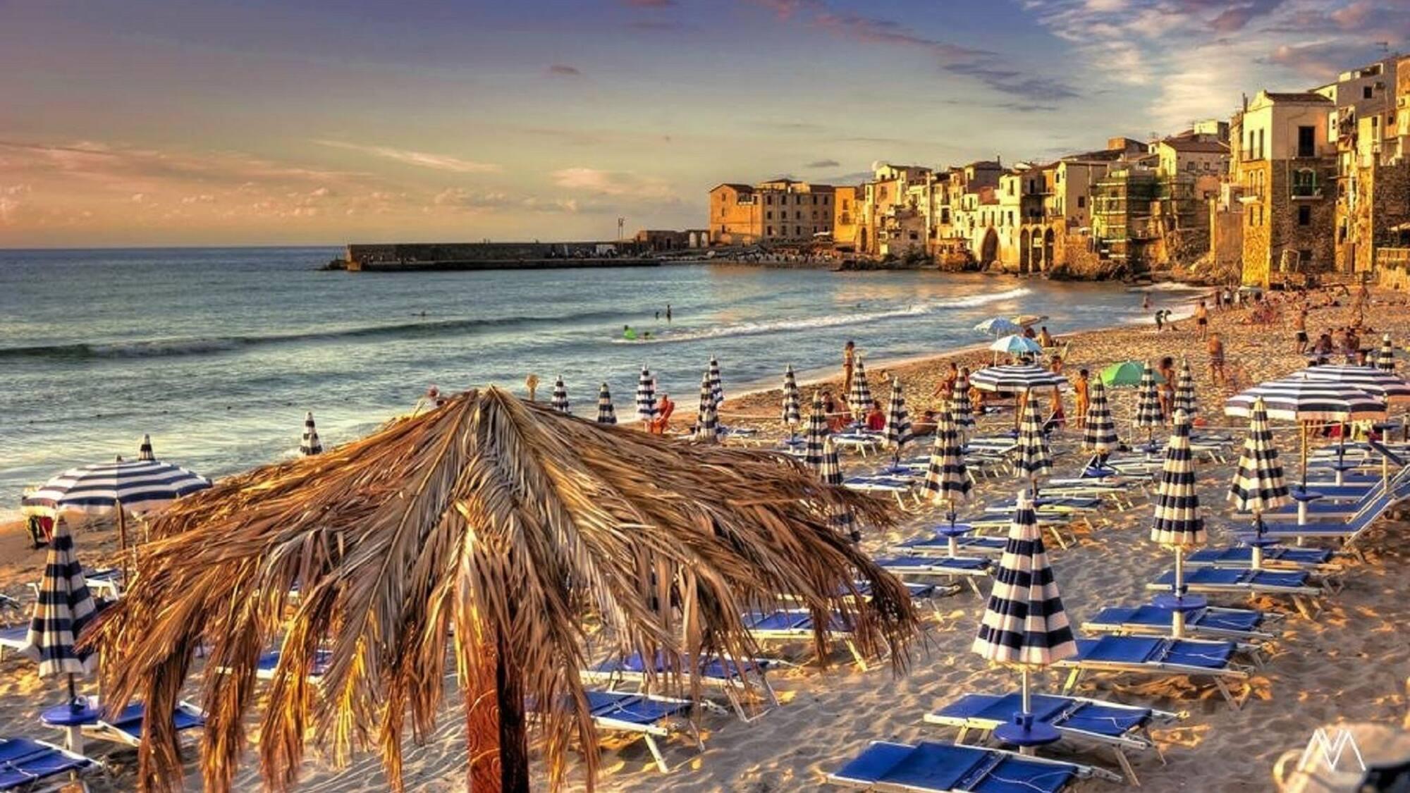 7 мест в Европе, где можно отдохнуть на пляже даже в январе